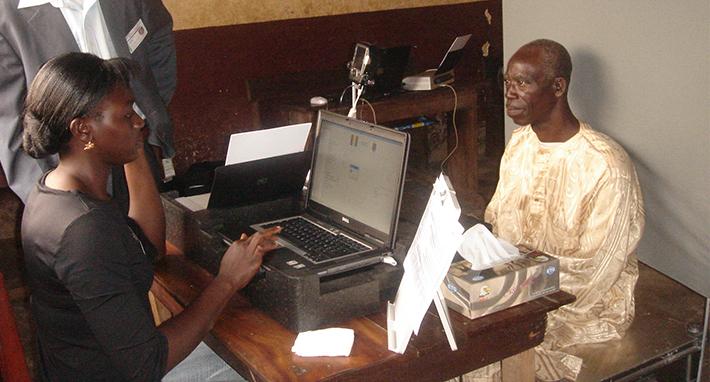 Système biométrique pour l'inscription des électeurs